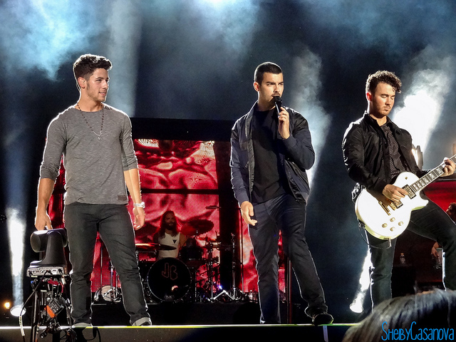 Family History of Colorectal Cancer Prompts the Jonas Brothers to Get Screened Early